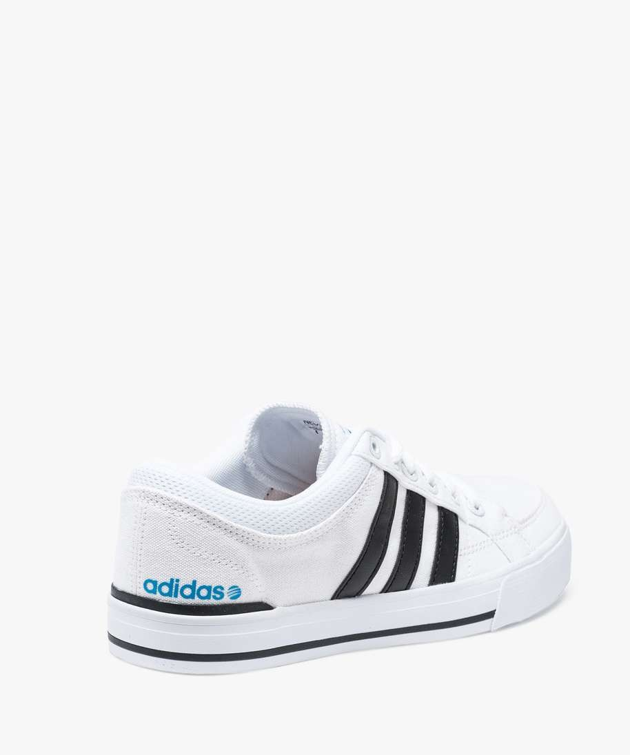 Venez découvrir notre sélection de produits adidas basket