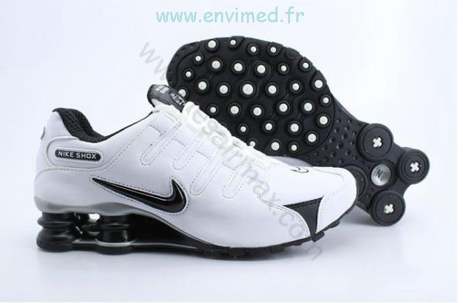 hot sale online 4fd36 24d4c Venez découvrir notre sélection de produits chaussure nike shox nz pas cher  au meilleur prix sur .- bamboobar.fr