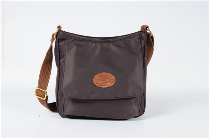 586217dcf9 Venez découvrir notre sélection de produits sac besace femme longchamp pas  cher au meilleur prix sur .- bamboobar.fr